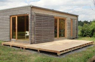 NATURHOUSE + dřevěná terasa
