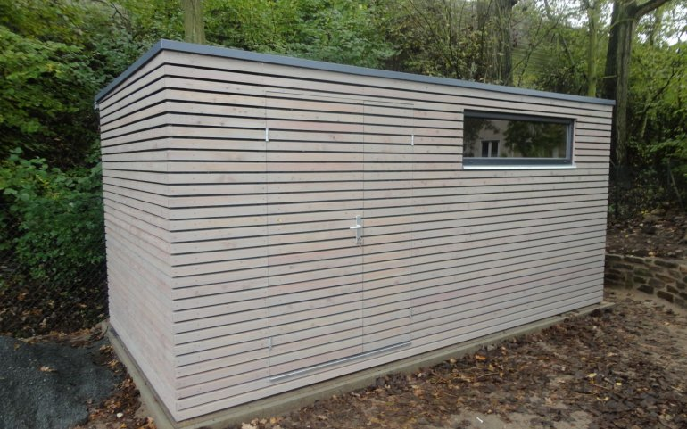 Dřevěný domek na nářadí 5x2,5 m
