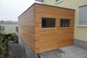 Atypická garáž s dřevěnými vraty 6,28 x 2,94 m - Biebesheim