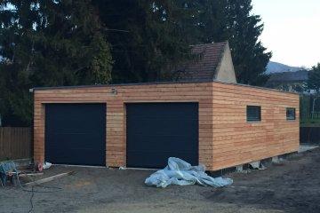 Montovaná dvojgaráž 11,4 x 6,4 m + zahradní sklad - Bad Deutsch